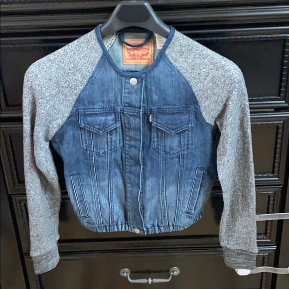 Levis Jean denim jacket size xs